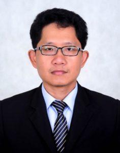 Dr. Pak Kimchoeun